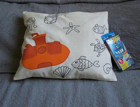Colorable pillow fishes submarine
