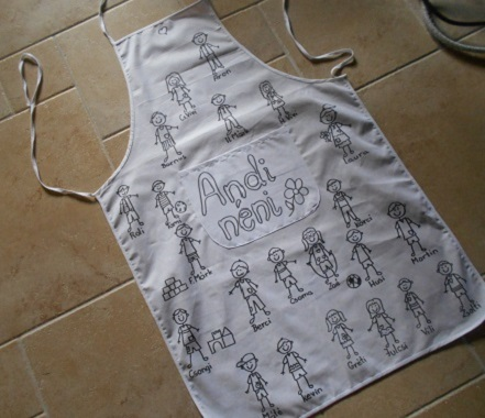 Colorable apron
